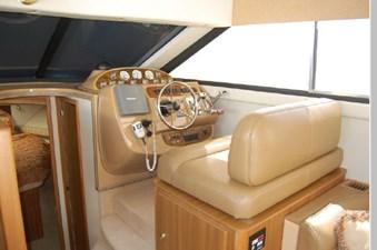 2002 Bayliner 3788 24 25