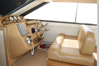 2002 Bayliner 3788 25 26