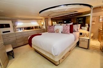 GALILEE 106 master cabin 3