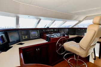 GALILEE 106 pilothouse 2