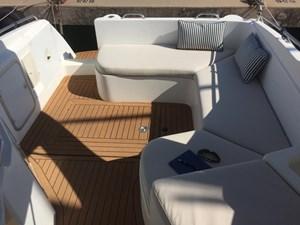 Sessa Oyster 27 Motor Yacht - Exterior Solarium