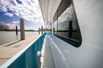 2016 106 Housboat Le Colby Jean Promanade Deck