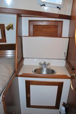 v berth sink starboard