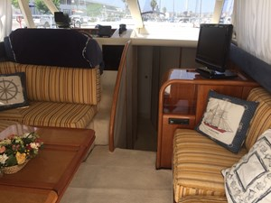 Azimut 36 Fly - Motor Yacht - interior - Salon Convertible - IMG_1686