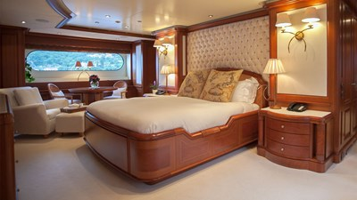 yacht-jo-201709-interior-05