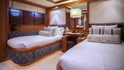 yacht-jo-201709-interior-14