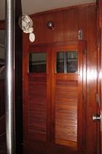 Aft cabin closet 1