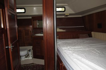 Aft cabin bunk and access to head