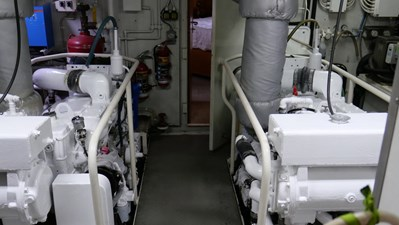 PELAGIAL 34 Engine Room 3
