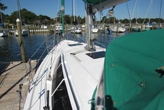 Mojito 12 Port side deck