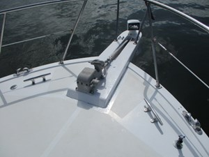 9. Linda Lee Bow Pulpit & Windlass
