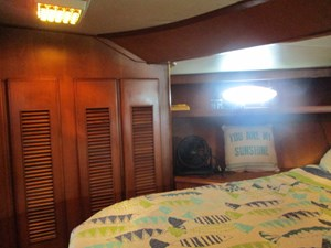 38. Linda Lee Forward Guest Berth Port View