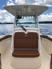 28 2017 Scout 275LXF Center Console