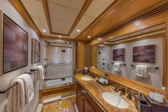 Lower Deck Guest Bath