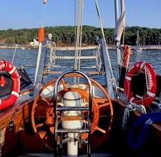 classic-steel-marconi-schooner-44