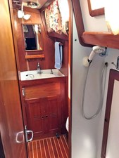 GLORY 13 Aft Guest Head and Shower