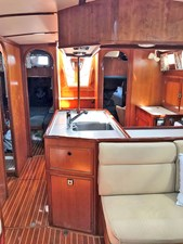 GLORY 15 Salon Aft to Galley