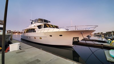 LA LA LAND 2 Crescent Custom Motor Yacht
