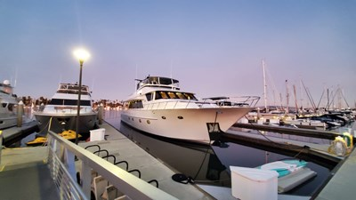 LA LA LAND 3 Crescent Custom Motor Yacht