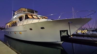 LA LA LAND 10 Crescent Custom Motor Yacht
