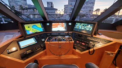 LA LA LAND 26 Crescent Custom Motor Yacht