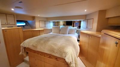 LA LA LAND 43 Crescent Custom Motor Yacht