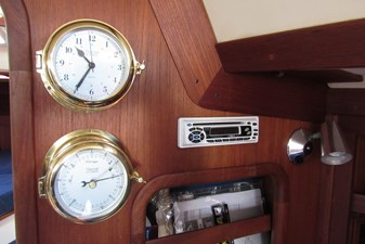 Clock, Barometer and Stereo