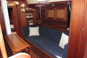 Starboard settee and storage