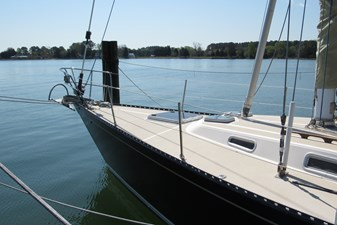 Foredeck from dock