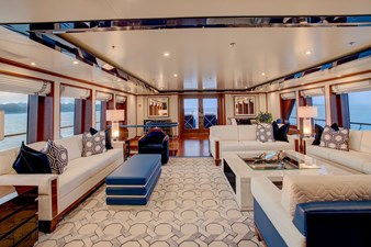 CYNTHIA 3 Main deck lounge