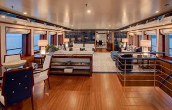 CYNTHIA 2 Main deck lounge
