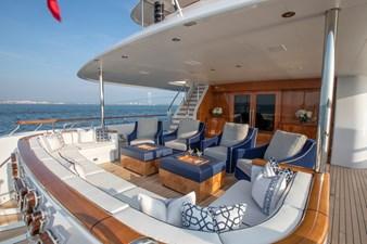 CYNTHIA 19 Main deck aft