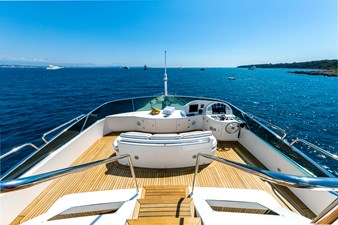 NEW STAR 14 Front deck