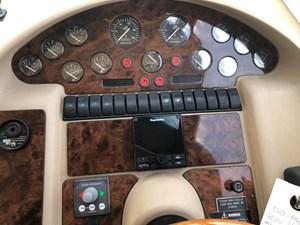 Carpe Diem 26 27_Interior Helm Station1
