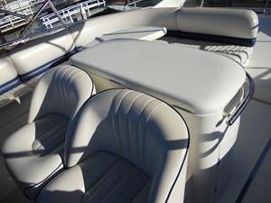 Carpe Diem 58 59_Helm seating plus 2