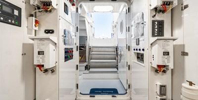 AllSeas 92-64-Engine Room
