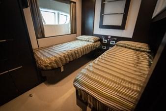 AQUARIUS 11 bedroom-twin