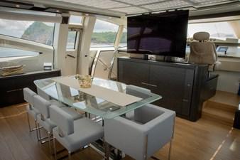 AQUARIUS 3 interior-dining