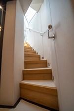 AQUARIUS 7 stairs2