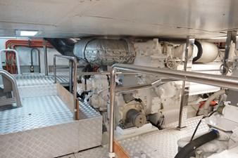 AQUARIUS 16 engine room1