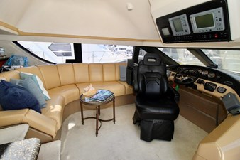 Carver 57 pilothouse seating