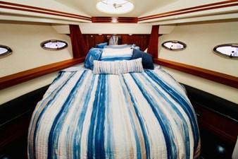 Carver 57 VIP Cabin