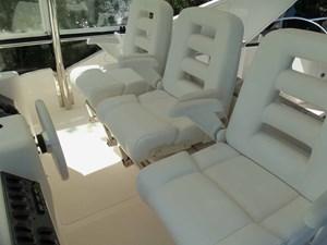 MONESSA 49 Pompanette Helm Seats