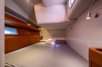 GEOMETRY 4 Double Guest Cabin