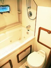 Owner's Toilet and Jacuzzi Tub