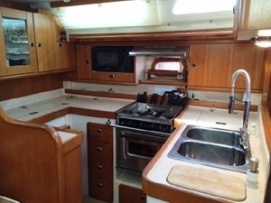 Catalina 470 has a great galley
