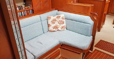 Stbd Settee from Fwd Cabin