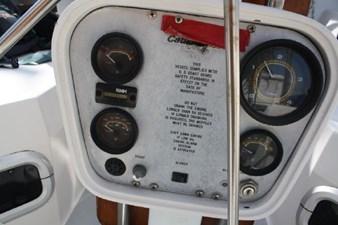 1989 Catalina 42 Geluk 19 Engine Gauges
