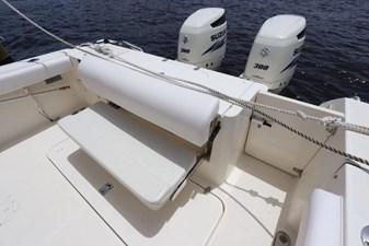 6_2004 30ft Pursuit 3070 Offshore