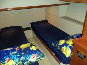Port Guest Cabin Looking Aft